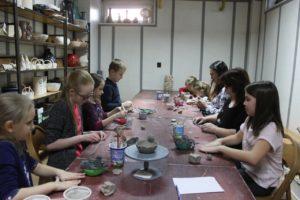 Zajęcia z pracowni ceramicznej