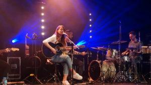 Pierwszy koncert on-line za nami! Kasia Popowska na scenie GOK w Kleszczowie.